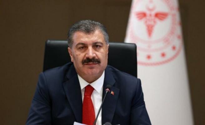 Sağlık Bakanı Fahrettin Koca: 1. doz aşısını olan sağlık çalışanı sayısı 100.000'i geçti