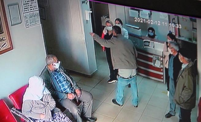 Sağlık Çalışanlarına Çirkin Saldırı! Pantolonunu İndirip Küfür Etti
