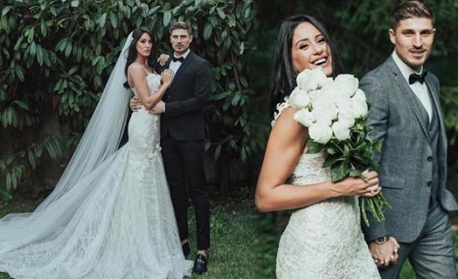 Sahra Işık ve İdris Aybirdi evlendi