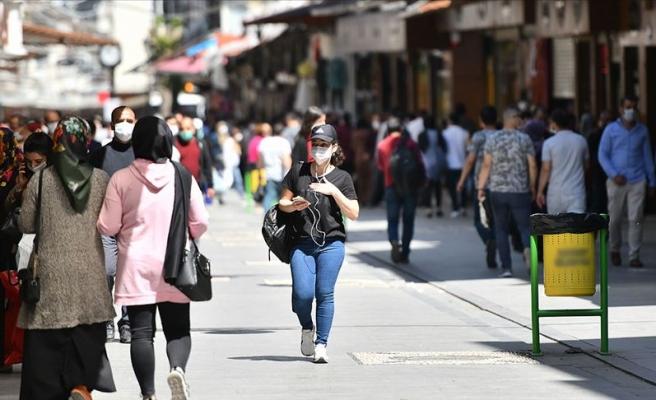 Sakarya'da Maske Takmayanların 'Cezası': En Az 10 Kitap Okuyacaklar
