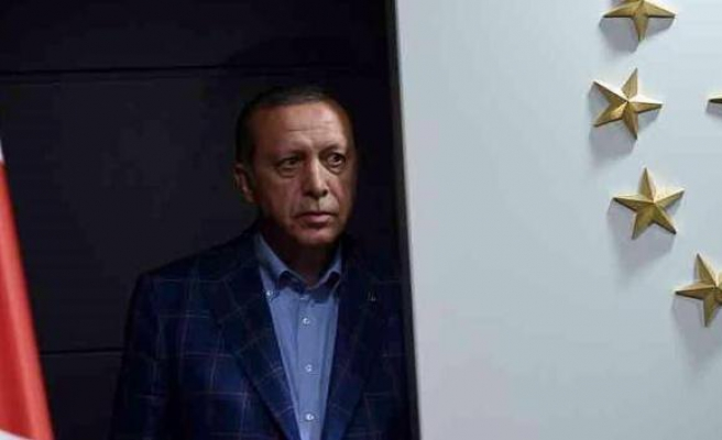 Seçim Anketi: Olası Muhalif Cumhurbaşkanı Adayları ile Erdoğan Arasındaki Makas Açılıyor