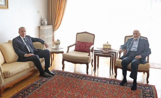 Selvi, Erdoğan'ın Asiltürk Ziyaretini Anlattı: 'Hiçbir Şey Olmasa Bile Kesinlikle Bir Şey Oldu'