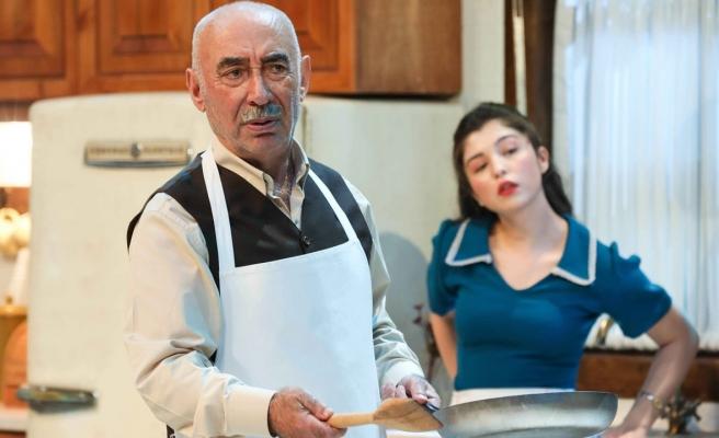 Şener Şen 'Zengin Mutfağı' ile sahneye çıktı