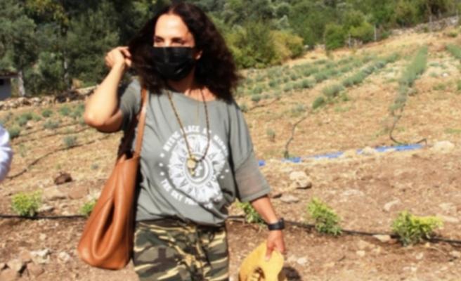 Sertab Erener, köye yerleşti
