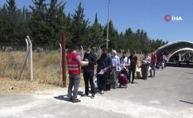 Suriyeliler Valilik İzniyle Kurban Bayramı İçin Ülkelerine Gidiyor