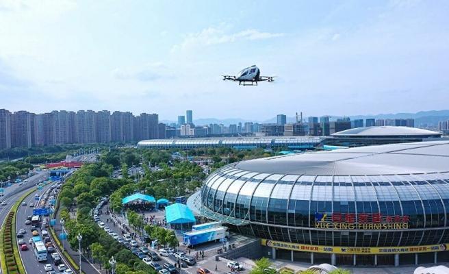 Sürücüsüz Drone Taksi, 2 Yolcusuyla Uçuşunu Başarılı Bir Şekilde Gerçekleştirdi