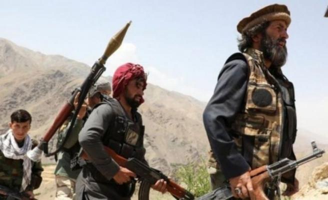 Taliban, Afganistan'ın Başkenti Kabil'e Girmeye Başladı