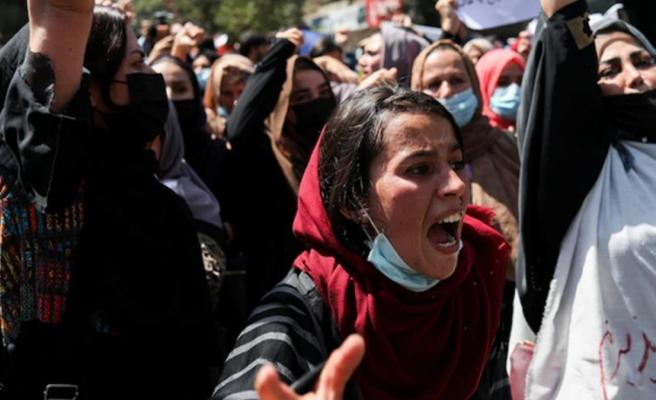 Taliban kadınlara nefes aldırmamakta kararlı! Şimdi de kriket oynamalarını yasaklıyor