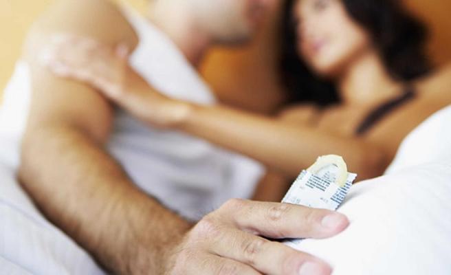 Tartışma yaratan yasa! Kaliforniya'da cinsel ilişki sırasında prezervatif çıkarmak yasaklandı