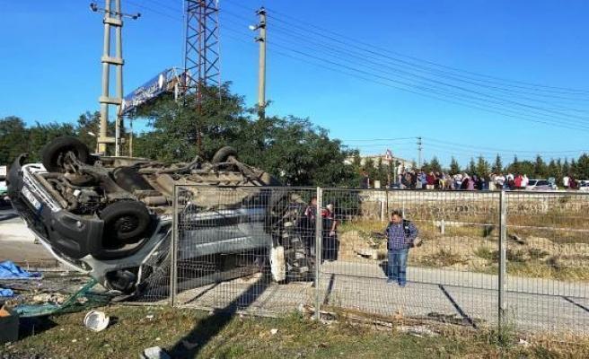 Tekirdağ'da Yük Treni İşçileri Taşıyan Minibüse Çarptı: Can Kaybı 6'ya Yükseldi