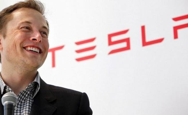 Tim Cook ve Elon Musk'a büyük onur!