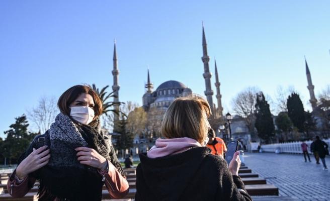 Turizm Bakanı Ersoy: 'Uygulanacak Kısıtlamalar Turistleri Kapsamayacak'