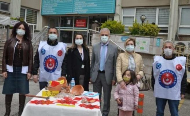 Türk Sağlık Sen'den hastane önünde eylem: İsteklerini sıraladılar