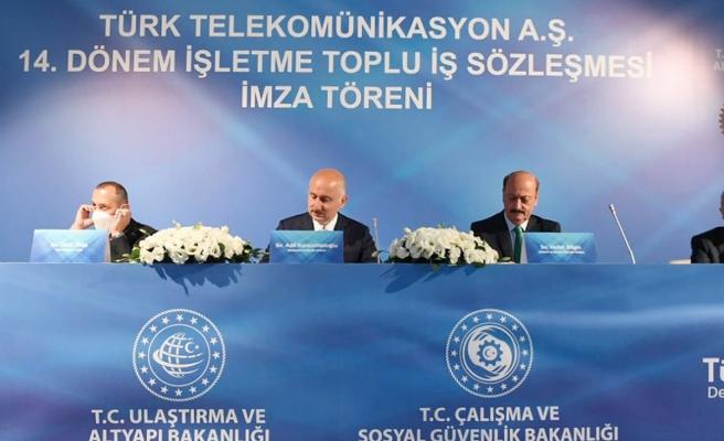 Türk Telekom ile Türk-İş arasında toplu sözleşme imza töreni düzenlendi