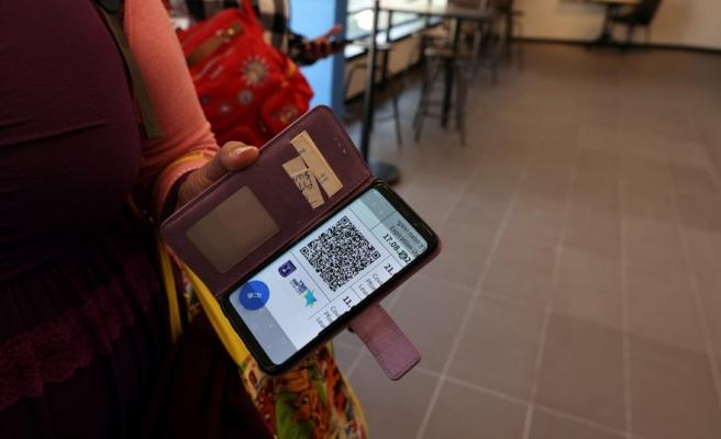 Uçağa, Sinemaya, Restorana Alınmayacak! Almanya'dan Dijital Aşı Pasaportu Kararı