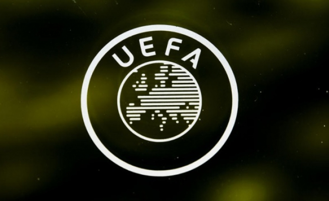 UEFA'dan seyirci kısıtlaması ve oyuncu değişikliği kararı