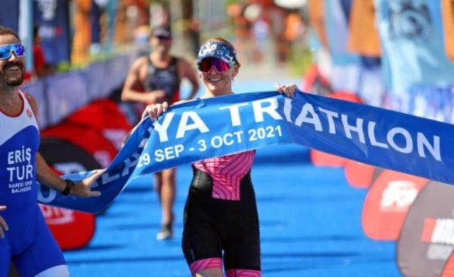 Uluslararası Triatlon Yarışı'nda 30. yıla özel nostalji yarışı