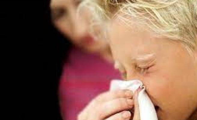 Uzmanlardan ailelere aşı tavsiyesi: 'Alerjisi olan çocuklara da aşıyı gönül rahatlığıyla yaptırabilirsiniz'