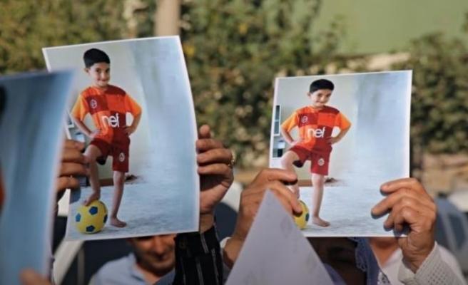 Vali 'Araç Yavaş Gidiyordu' Dedi: 7 Yaşındaki Miraç Miroğlu'na Çarpan Zırhlı Araç Sürücüsü Polis Serbest