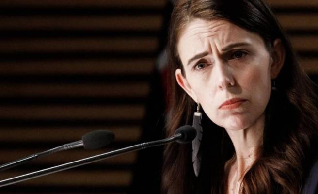Yeni Zelanda Başbakanı'na basın toplantısında yöneltilen cinsel ilişki sorusu ülkede gündem yarattı