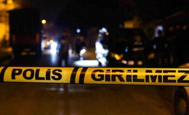 Yer Adana: Kendisine Lakabıyla Seslenen Arkadaşını Vurdu