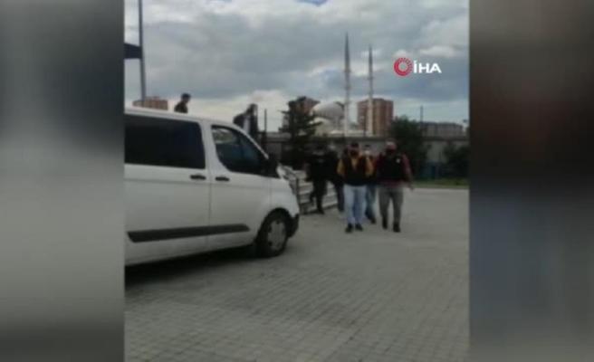 Yol verme nedeniyle tartıştıkları kişiyi darp eden şüpheliler yakalandı