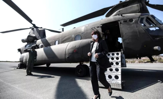Yunanistan'dan bir provakasyon daha: Cumhurbaşkanı Sakellaropulu Meis Adası'na askeri helikopterle indi