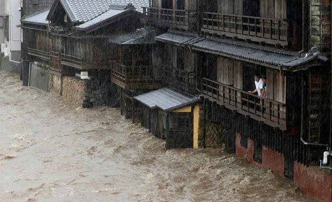 Yüz Binlerce Kişi Tahliye Edildi: Japonya'da Hagibis Tayfunu Hayatı Felç Etti