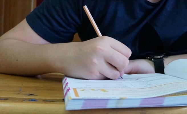 Ziya Selçuk: 'Liselerde İkinci Dönem Tek Sınav Olacak'