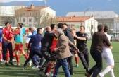 Boluda U-17 maçında kavga çıktı
