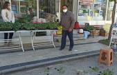 Düzce Ziraat Odası Başkanı İsrail'i Protest Etmek İçin Fide ve Tohumları Yere Saçtı: Bundan Sonra Satmayacağım