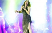 Sertab Erener: 40 yıldır şarkı söylüyorum böyle...