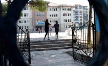 Bilim Kurulu üyesi Yamanel'den okullarla ilgili flaş açıklama
