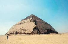 4 bin 600 yıllık Mısır piramidi halka açılıyor