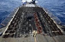 ABD Donanması'nın operasyon yaptığı Umman Denizi'ndeki bayraksız gemiden cephanelik çıktı