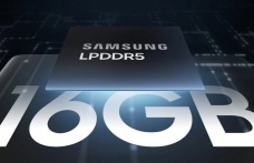 Samsung, yeniden en tepede