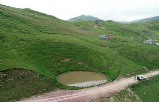 12 Bin Yılllık Dipsiz Göl, 'Çamurlu Göl' Oldu:...