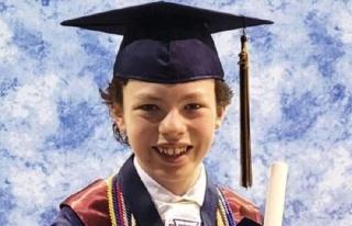 12 yaşındaki çocuk hem lise hem de üniversiteden...