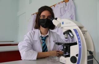 17 yaşındaki öğrenci akciğer kanserine çözüm...