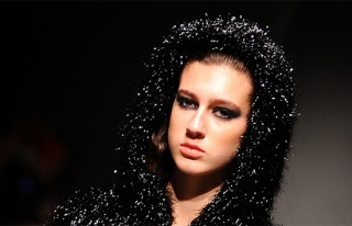 Miss Turkey 2017 kraliçesi Itır Esen'in tacı geri...