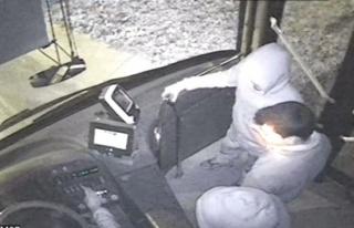 Otobüs kaçıran dört küçük kafadar İstanbulu...