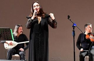 Şanlıurfa'da Şebnem Kısaparmak konseri