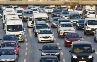 Trafiğe kaydı yapılan taşıt sayısı yüzde 14...