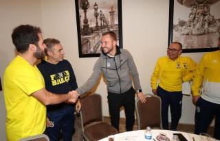 Michal Kadlec eski takımı Fenerbahçeyi ziyaret...