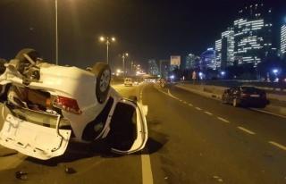 Asker uğurlamadan dönen araç kazaya karıştı:...