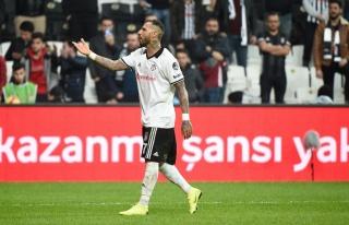 Beşiktaşlı Ricardo Quaresmanın transferinde son...