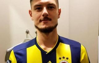 Fenerbahçenin yeni yeteneği Okan Turp kimdir? Okan...