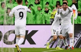 Chelsea, Napoli ve Valencia çeyrek finale kaldı