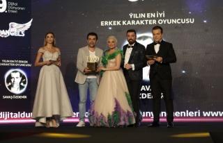 Yılın en iyi erkek karakter oyuncusu: Savaş Özdemir...