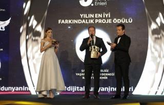 Yılın en iyi farkındalık proje ödülü / Samyeli...